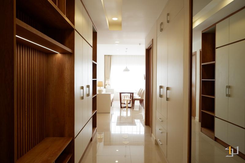 Tầm nhìn từ phòng cửa chính vào phòng khách