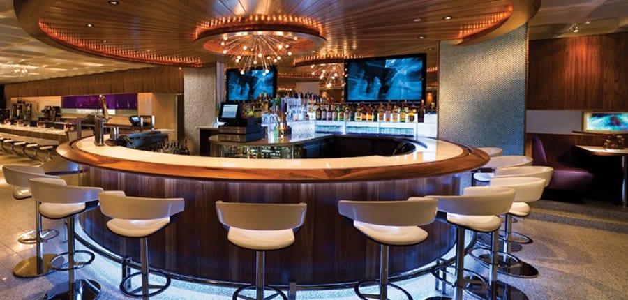 quầy bar khách sạn tròn
