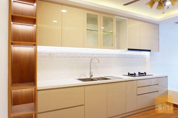 Mẫu tủ bếp gỗ mdf chống ẩm phủ acrylic kiểu chữ i