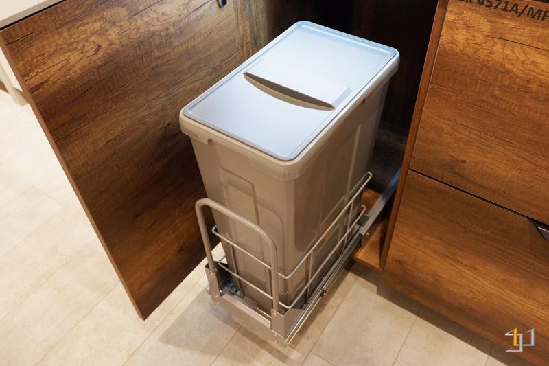 Thùng rác tủ bếp melamine