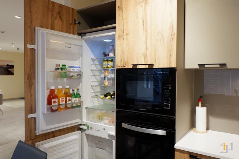 Tủ chứa tủ lạnh