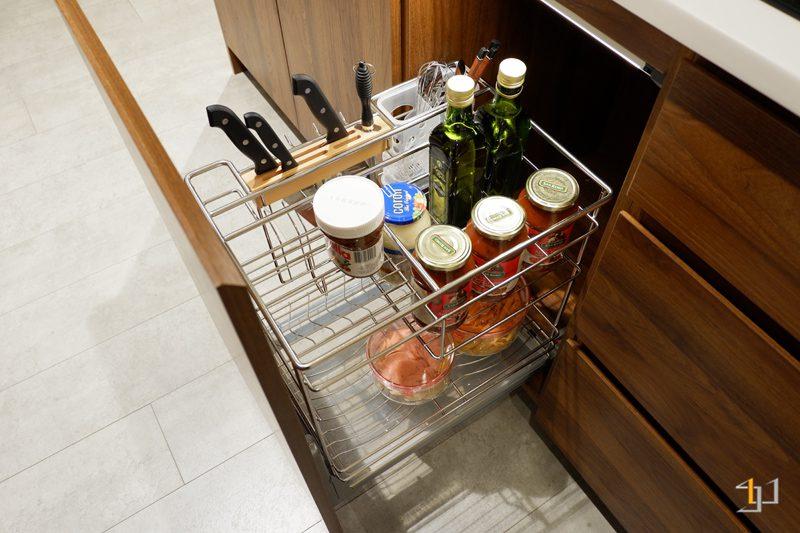 Kệ gia vị – dao thớt tủ bếp