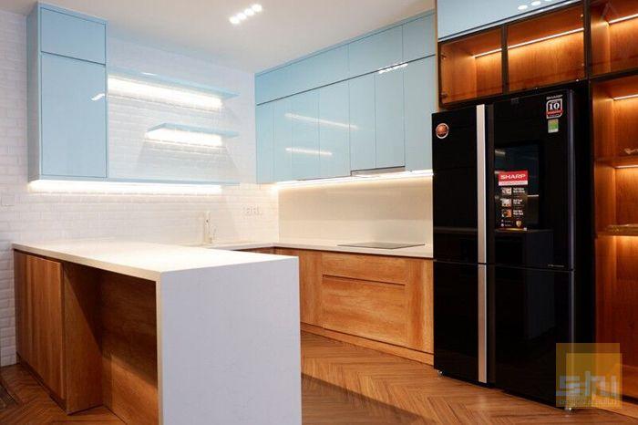 Tủ bếp gỗ mdf chống ẩm kiểu chữ U phủ acrylic