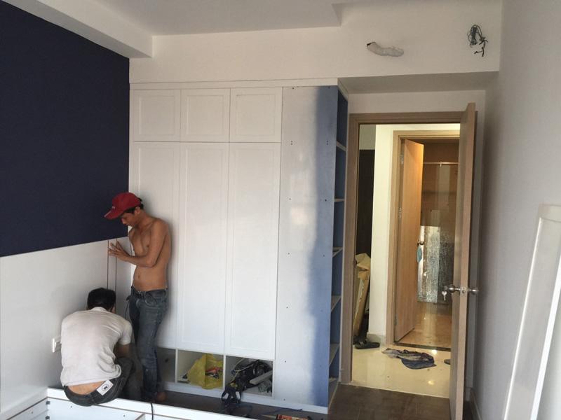 Hình ảnh quá trình thi công tủ quần áo phòng ngủ nhỏ căn hộ The Sun Avenue