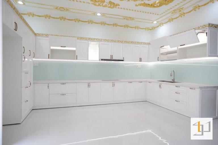 tủ bếp đẹp sơn 2k tb48