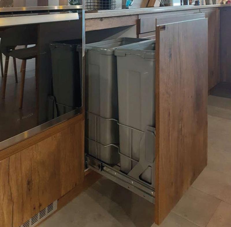 Mẫu thùng rác dành riêng cho tủ nhà bếp - Hình 07