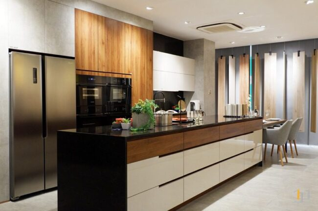 tủ bếp melamine phối màu đẹp hiện đại