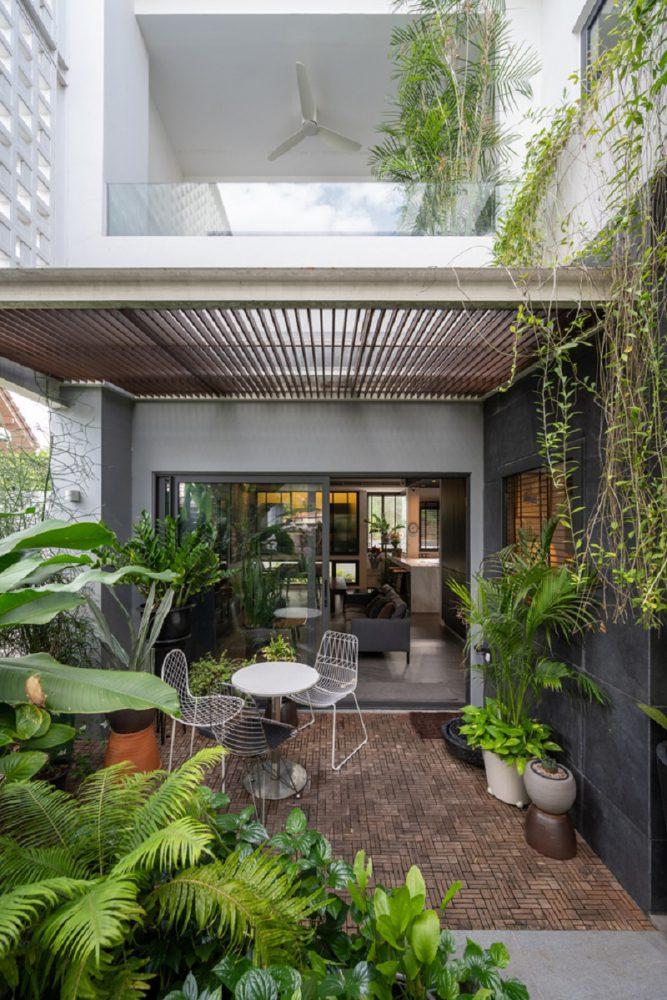 Sân vườn trong thiết kế nội thất biệt thự liền kề