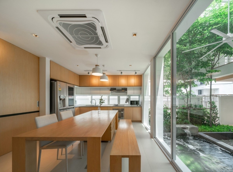 Không gian phòng bếp và phòng ăn