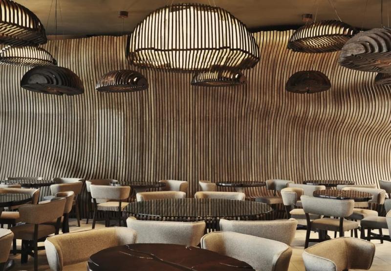 Tạo hình hạt cà phê trang trí trần nhà lạ mắt