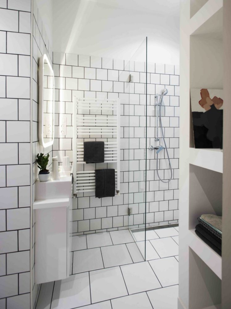 Thiết kế toilet đầy đủ tiện nghi cho căn hộ mini