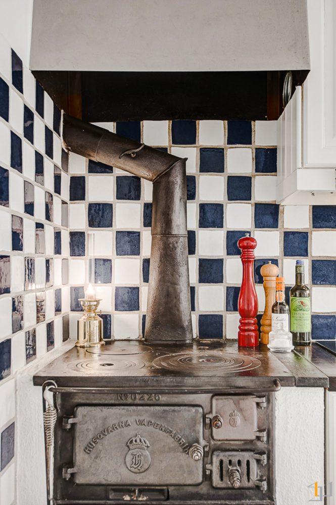 6-Rustic-stove