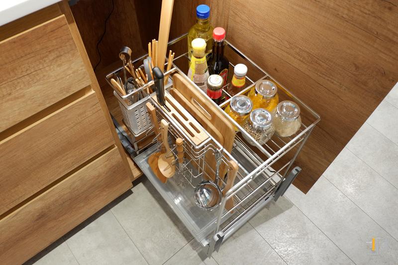 Kệ gia vị, dao thớt thông minh tủ bếp TB57