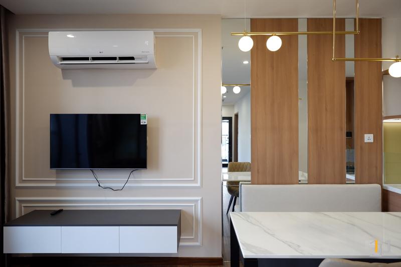 Thi công nội thất hoàn thiện vách Tivi và tủ Tivi