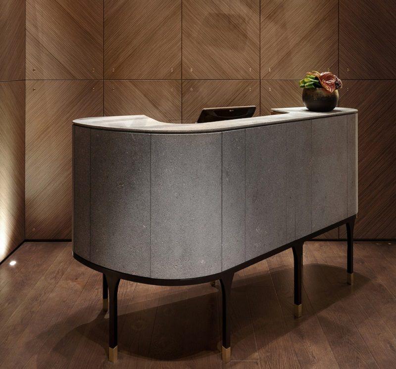 Thiết kế nội thất nhà hàng chuyên nghiệp có quầy thu ngân phong cách thanh lịch