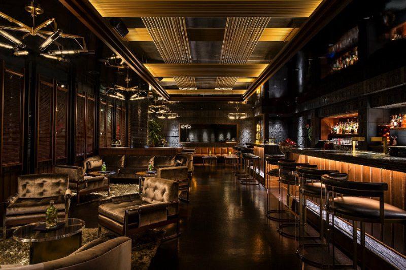 Thiết kế nội thất nhà hàng chuyên nghiệp với quầy bar lịch lãm