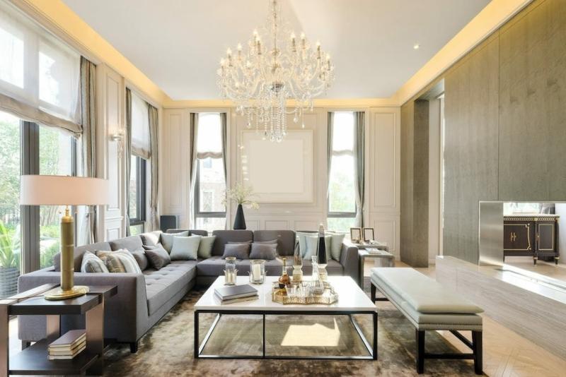Nội thất phòng khách nhà phố phong cách luxury