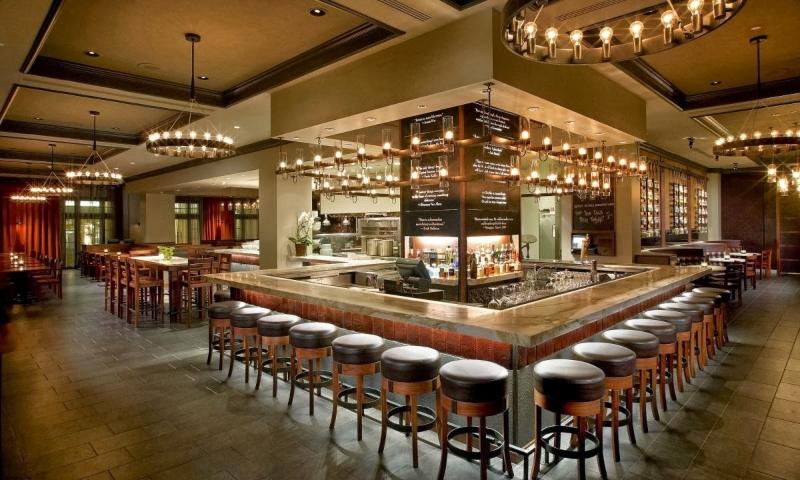 Thiết kế nội thất quán bar hiện đại