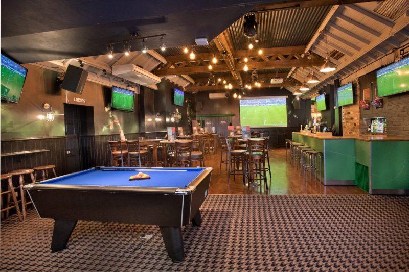 Thiết kế nội thất quán bar thể thao đẹp