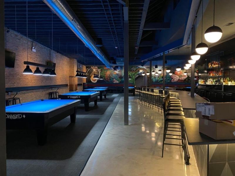 Thiết kế quán bar kết hợp bia đẹp