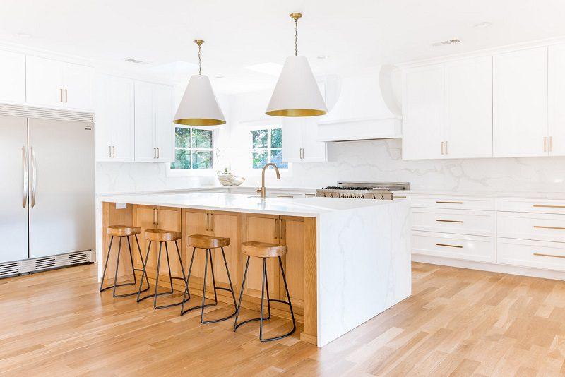 Không gian sáng sủa trong thiết kế tủ bếp