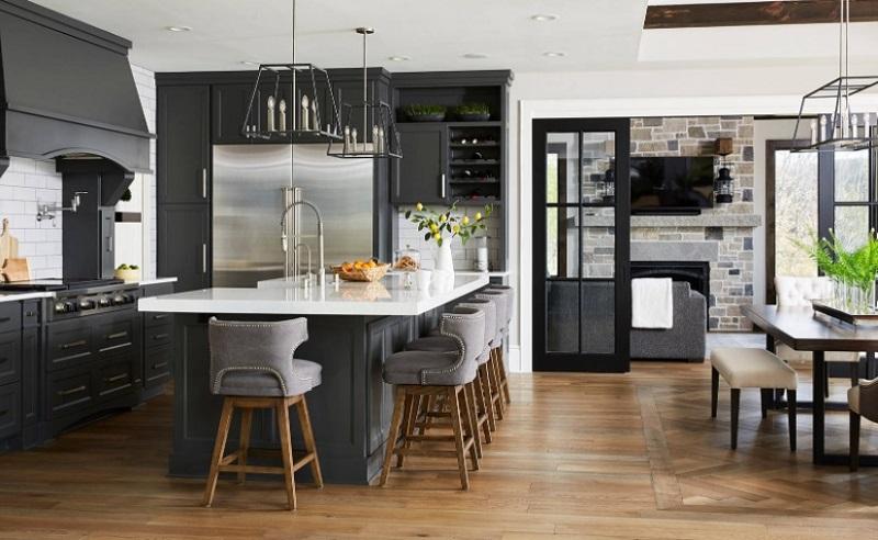 Bảng màu xám trong thiết kế tủ bếp mở