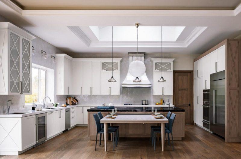 Tủ bếp gỗ tự nhiên truyền thống với lối thiết kế sáng tạo