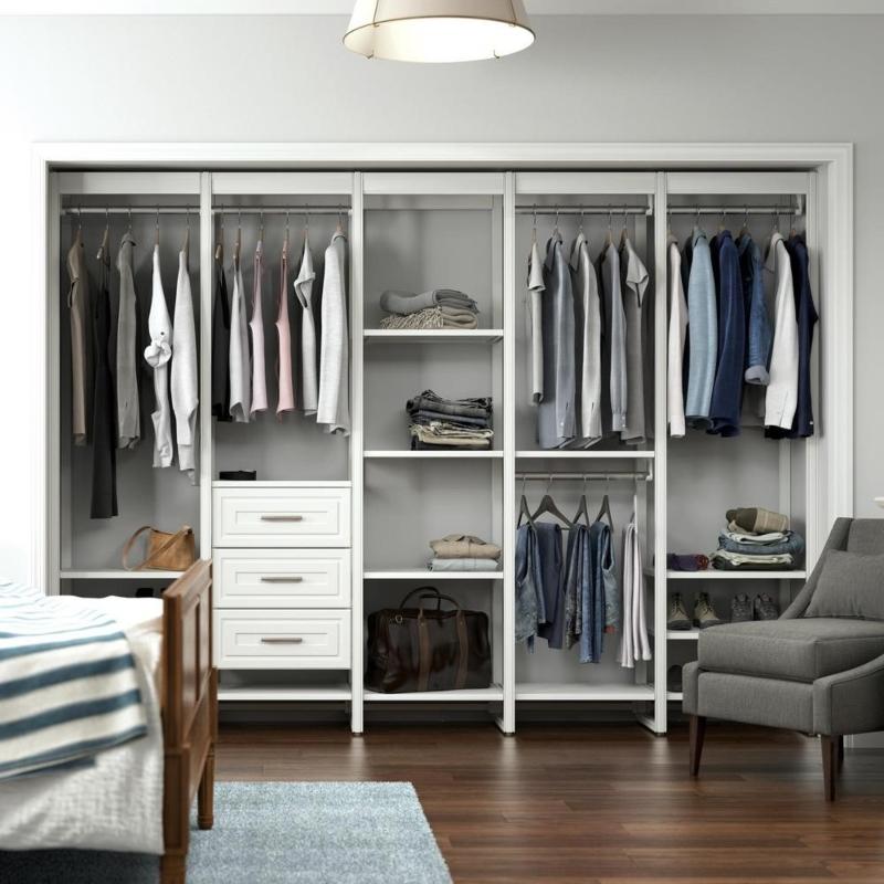 Thiết kế phòng thay đồ trong phòng ngủ cho nhà ống