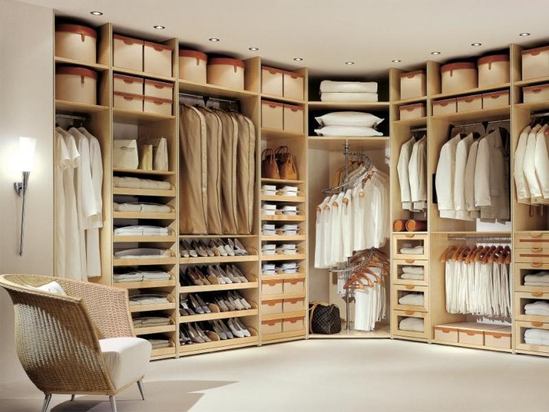 Tủ quần áo màu trung tính nhẹ nhàng
