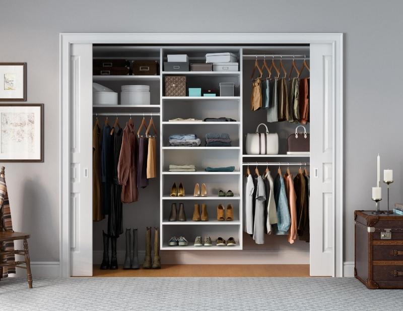 Phòng quần áo kết hợp cửa lùa tiện lợi